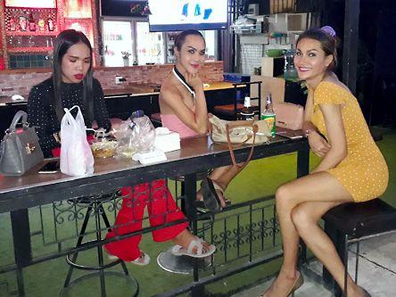 Massage bangkok ladyboy